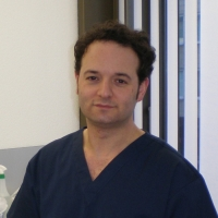 Zahnarzt Herr Shahram Tehranchian