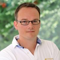 Zahnarzt Herr Peter Querbach