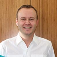 Zahnarzt Herr Dr. Stefan Grimm