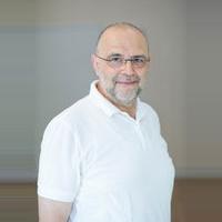 Zahnarzt Herr Dr. med. dent. Peter Aibester