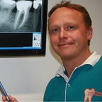 Zahnarzt Herr Dr. med. dent. Ralf Bechly