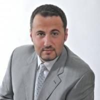 Zahnarzt Herr Dr. Nikolaos Papagiannoulis