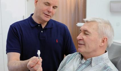 Zahnarzt Herr Dr. med. dent. Rolf Peters, Bild Nr. 3