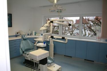 Zahnarzt Herr Dr. med. dent. Bilal Quaas, Bild Nr. 2