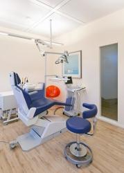 Zahnarzt Herr Dr. med. dent. Peter Aibester, Bild Nr. 7