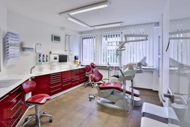 Zahnarzt Herr Dr. med. dent. Rachid Boulaaouin, Bild Nr. 6